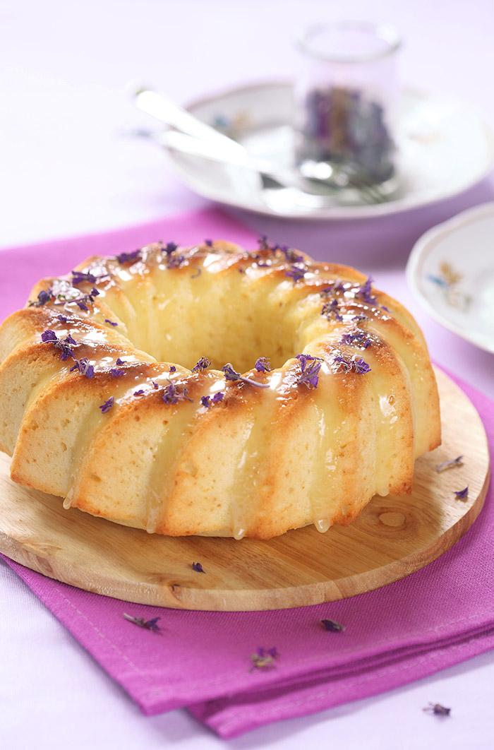 Italian Ricotta Ring Cake