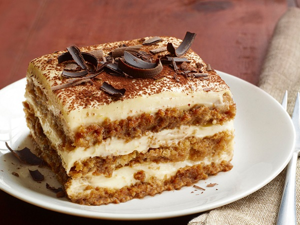 Quick Baileys Tiramisu (15-Minute Recipe)